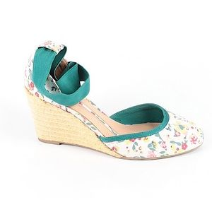 NEW DIRECTIONS Floral Espadrille Wedge Anke Wrap